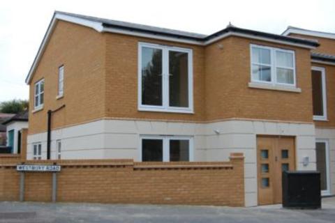 1 bedroom flat to rent - Westbury Road, Buckhurst Hill, IG9