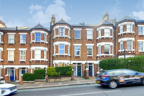 4 bedroom maisonette for sale - Latchmere Road, London