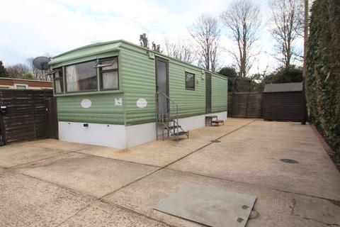 2 bedroom mobile home for sale - New Road, Rustington