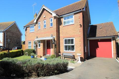 3 bedroom detached house for sale - Goldcrest Avenue, Littlehampton