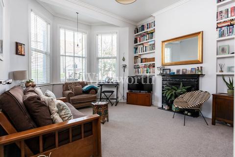 2 bedroom flat for sale - Hampden Road, London, N8