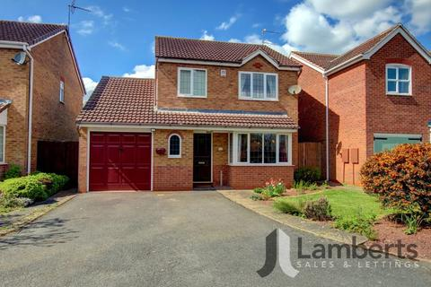 3 bedroom detached house for sale - Peart Drive, Studley