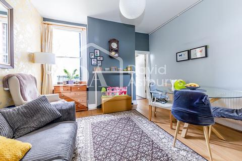 2 bedroom flat to rent - Redston Road, Crouch End, London