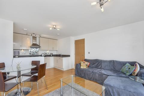 1 bedroom apartment to rent - Saxon Chase, Dickenson Road, London