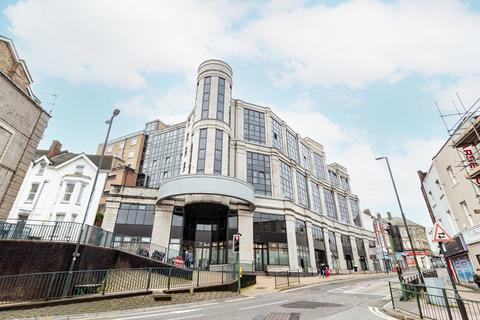2 bedroom apartment to rent - Commercial Road, Bournemouth,
