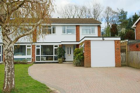 4 bedroom semi-detached house for sale - The Spinney, Hassocks, West Sussex, BN6 8EJ