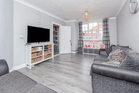 6 bedroom semi-detached house for sale - Fernhurst Road, Braunstone Town, Leicester