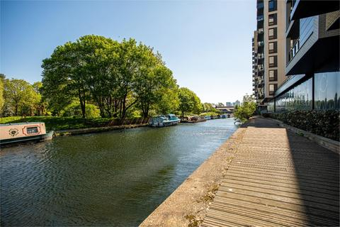 2 bedroom flat to rent - Victoria Wharf 20 Palmers Road, London