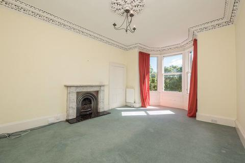 3 bedroom flat to rent - GLADSTONE TERRACE, MARCHMONT, EH9 1LS