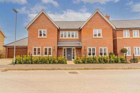 5 bedroom detached house for sale - Spinney Hill, Oakham