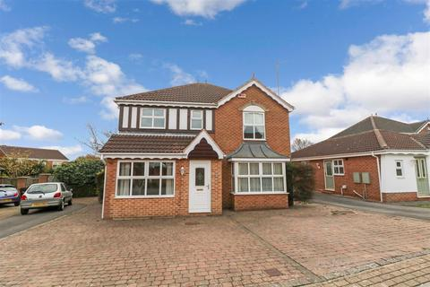 4 bedroom detached house to rent - Broadlands Crescent, Bramley, Rotherham