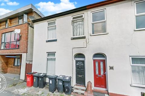Studio to rent - Froghall Lane, Warrington, WA2