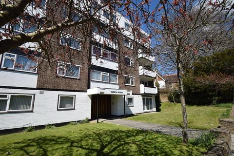 3 bedroom apartment for sale - 1 Carew Road, Eastbourne