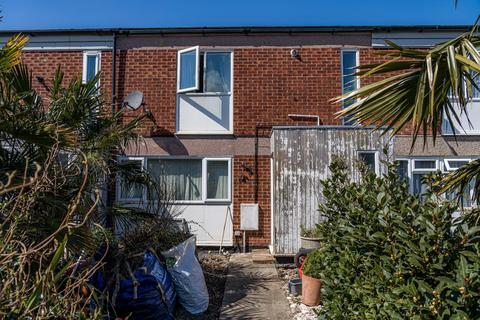 2 bedroom house for sale - Lucerne Drive, Seasalter, Whitstable