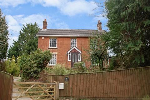 3 bedroom cottage for sale - Burley Street, Burley, Ringwood, BH24