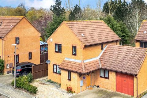 3 bedroom detached house for sale - Cardwell Close, Emerson Valley, Milton Keynes