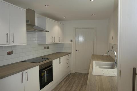 3 bedroom detached house to rent - 25 Freeman Street Brynhyfryd Swansea