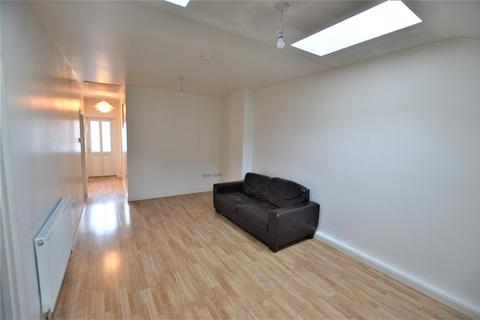 3 bedroom flat to rent - Bridge Street, Swindon