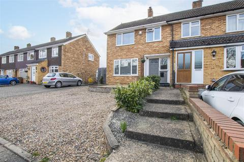3 bedroom end of terrace house for sale - Cecil Road, Hertford
