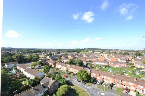 2 bedroom apartment to rent - Torrington Court, Park North, Swindon