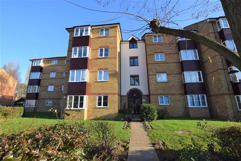 1 bedroom flat to rent - Thurlow Close, Chingford, London