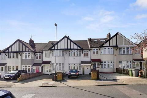 3 bedroom house for sale - Selworthy Road, Catford, London