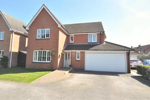 3 bedroom detached house for sale - Hoopers Close, Bottesford, Nottingham
