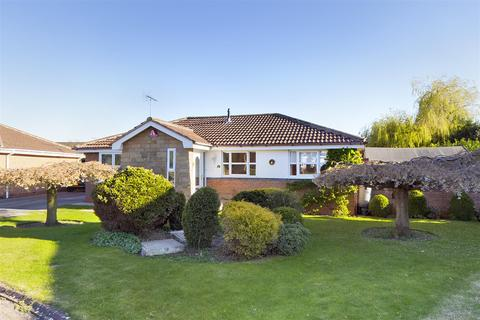 3 bedroom detached bungalow for sale - Spring Close, Driffield