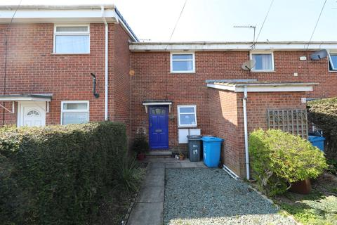 2 bedroom terraced house for sale - Osprey Close, Hull