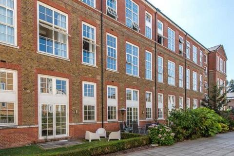 3 bedroom flat to rent - 15 Enfield Road, London