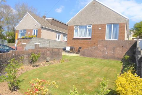 3 bedroom detached bungalow for sale - Heol-y-groes, Bridgend, Bridgend County. CF31 1QE