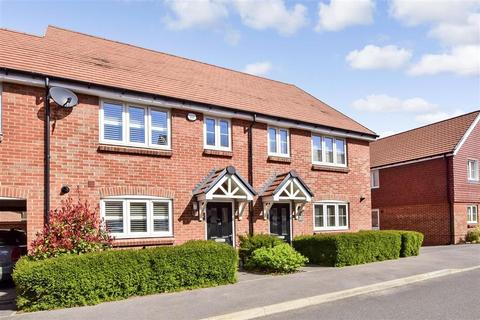 3 bedroom terraced house for sale - Acorn Avenue, Crawley Down, West Sussex