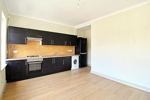 2 bedroom flat to rent - Hatherley Road, Walthamstow E17 6SE