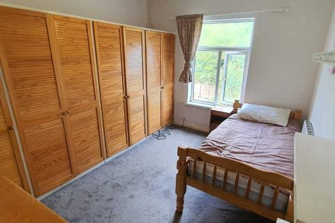 1 bedroom in a house share to rent - Room 1, Sarehole Road, Hall Green, Birmingham, B28 8DR