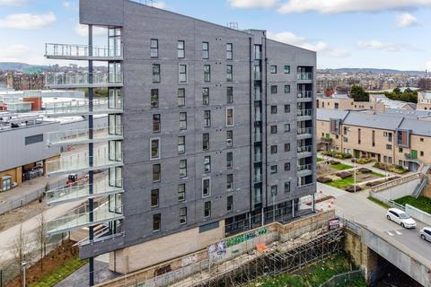 2 bedroom flat to rent - Lawrie Reilly Place, Edinburgh, EH7 5FG
