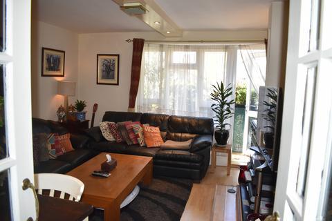 3 bedroom flat for sale - KENSINGTON, W14