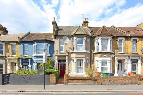 3 bedroom house for sale - Grove Green Road, Leytonstone, E11