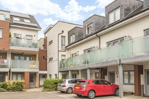 1 bedroom flat to rent - Cromie Close, N13 4BF
