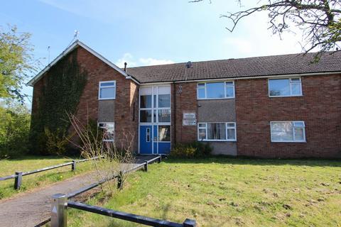 2 bedroom flat to rent - Hawarden Gardens, Stanney, Ellesmere Port, CH65