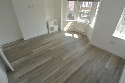 1 bedroom in a house share to rent - Bexhill Road SE4
