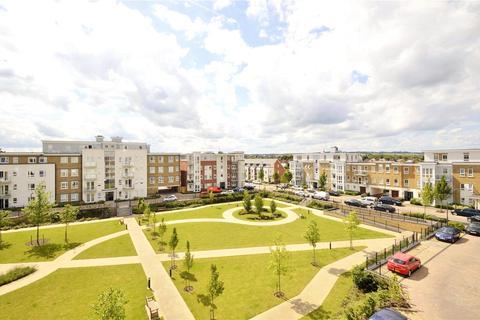 2 bedroom apartment to rent - Heathland Court, 3 Grebe Way, Maidenhead, Berkshire, SL6