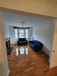 3 bedroom terraced house to rent - lodnon, ub8