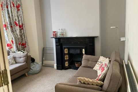 4 bedroom terraced house to rent - Malefant Street, Cathays, Cardiff