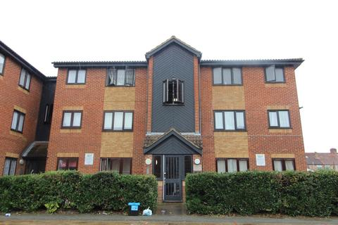 Studio to rent - Granary Close, Edmonton, N9