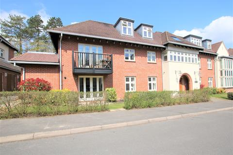 2 bedroom apartment to rent - Highcroft Road, Winchester