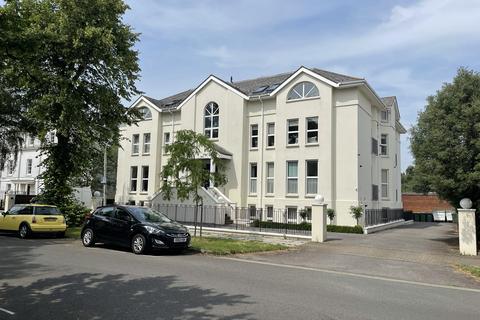 3 bedroom flat for sale - WELLINGTON SQUARE, GL50