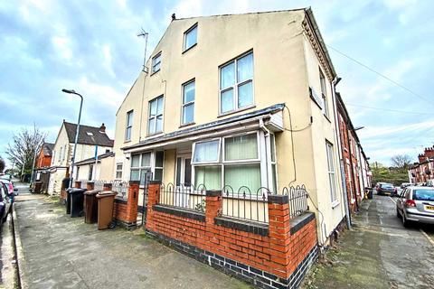 6 bedroom end of terrace house for sale - Winn Street, Lincoln, LN2