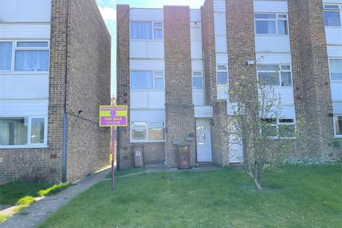 2 bedroom flat for sale - Maplins Close, RAINHAM, Kent