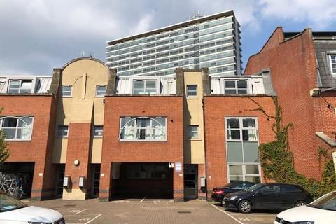 1 bedroom flat for sale - Sundial Court,  Surbiton,  KT5