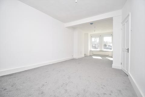 3 bedroom semi-detached house to rent - Mill Road Erith DA8